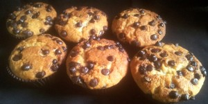 Eggless Banana Choco Chip Cupcakes