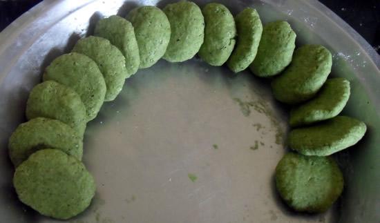 Round balls for paratha