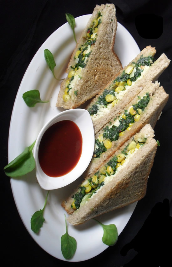Corn Cheese and spinach sandwich