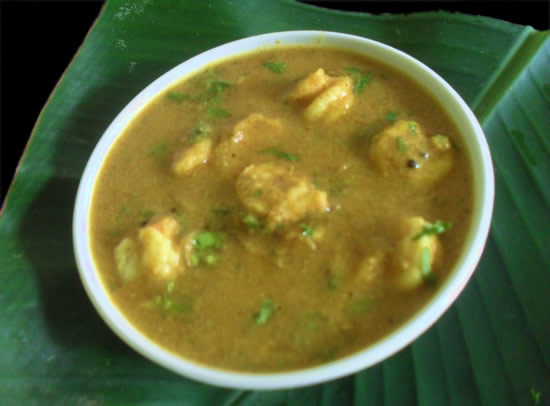 Prawns in fresh coconut gravy