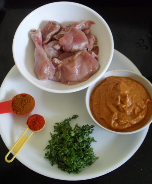 Ingredients to make spicy chicken curry