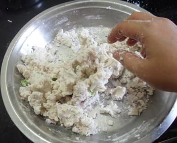 kneading rice flour for akki roti 2