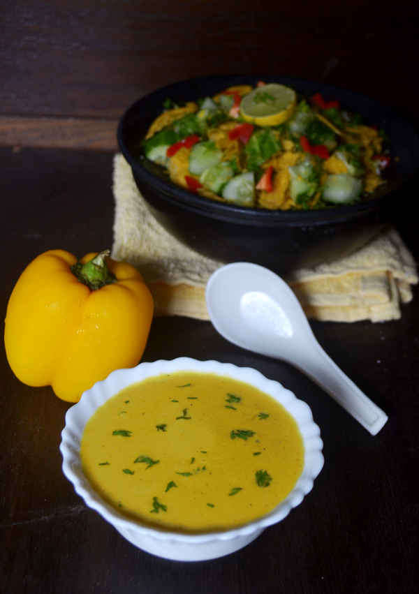 Healthy vegetarian bell pepper soup