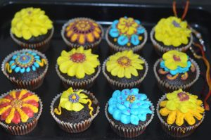 Friendship day Bands design cupcakes