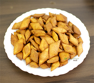shankarpali recipe,shankarpali,shankarpali recipe in marathi
