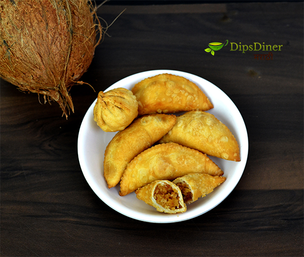 Narali Pournima Special recipe Olya Narlachi Karanji khuskhusheet